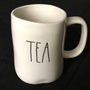 🆕 RAE DUNN  TEA MUG  😍